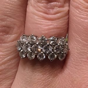 Amazing 14k and diamonds ring